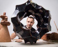 Тизер виставки абстрактної скульптури CORPUSCULUM II