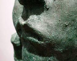 """У МЦ """"Шоколадний будинок"""" презентують виставку скульптури та графіки Олександра Сухоліта"""